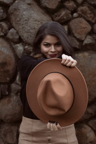 hat-Exposure26