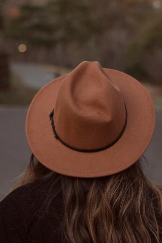 hat2-Exposure26